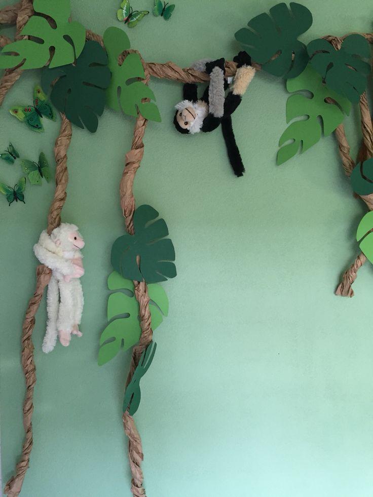 Lianen met aapjes, jungle!