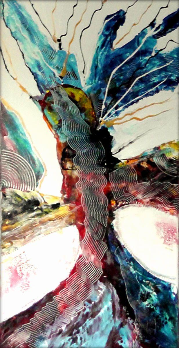 Madame... (Peinture),  50x100x4 cm par CHARLES CORNIL « La Dame Oiseau s'affiche et s'impose, déployant, en symbiose, ses ailes et sa robe de métal-dentelle ! »