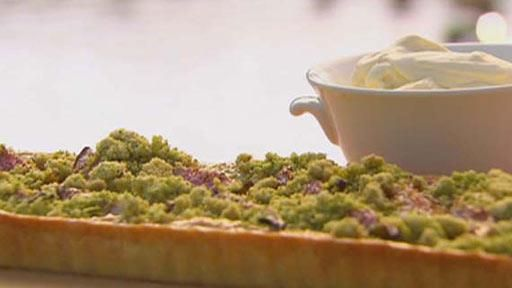 Fig Tart with Pistachio Crumble and Double Cream