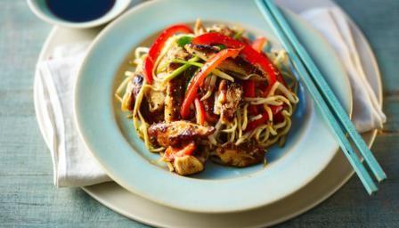 BBC - Élelmiszer - Receptek: Csirke chow mein