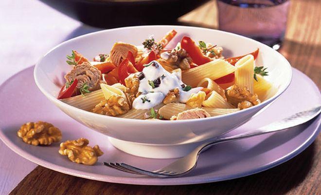 Voor bij een uitgebreide lunch of als bijgerecht; pastasalade kan eigenlijk altijd.