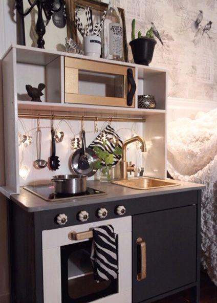 25 beste idee n over speelgoed keuken op pinterest. Black Bedroom Furniture Sets. Home Design Ideas