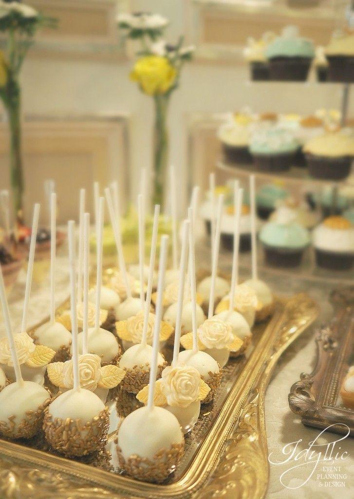 gold popcakes, candy bar nunta by Idyllic Events