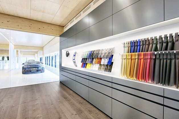 Vitra Invisible System For Q By Aston Martin St Gallen In Switzerland Retail Fixtures Vitra Room Divider