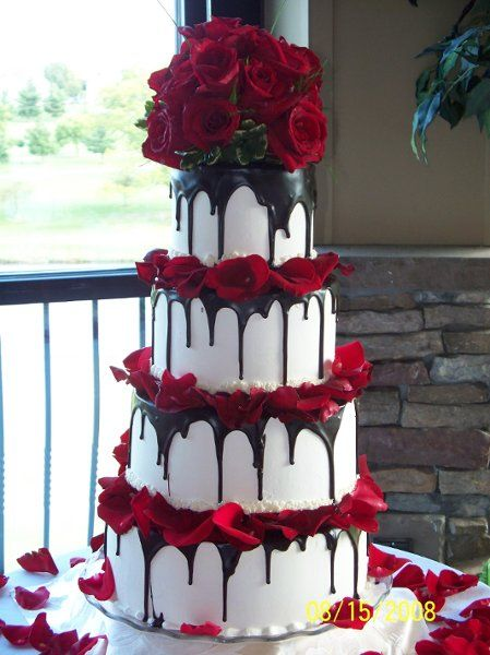 Thanks now I know what's it called Tuxedo cake. A real wedding at Heritage Hills Golf Resort York Pa. Lindascakery.com