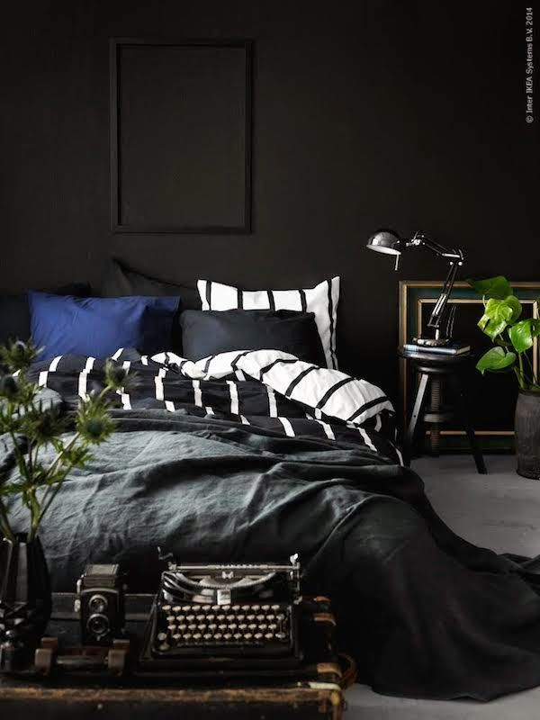 Une chambre total look noir | #Chambre #Noir #Déco