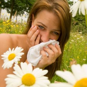 How To Naturally Cure Seasonal Allergies
