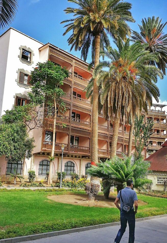 las-palmas-hotel-santa-cristina-001.jpeg (655×950)