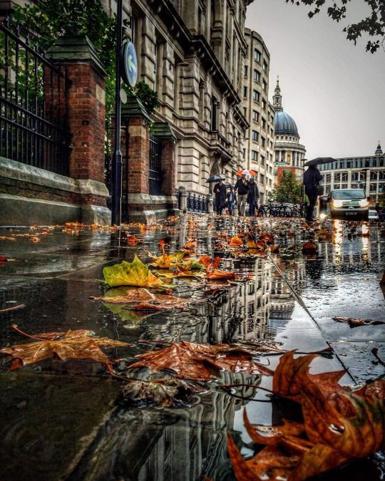 Image result for famous paintings of a rainy autumn London scene