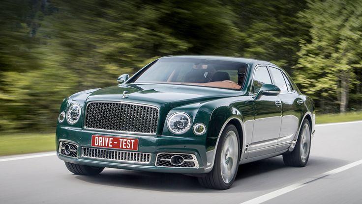 Тест-драйв bentley mulsanne. Мюльсанн — это впоследнюю очередь автомобиль Bentley. Изначально это название посёлка снаселением около пяти тысяч человек вкоммуне Сартэ назападе Франции. Знаменит, впрочем, неон, аведущий кнему шестикилометровый отрезок регионального шоссе D338. Знаменитая «прямая Мюльсанн» составляет почти половину трассы гонки «24 часа Ле-Мана». Вбылые времена скорость гоночных машин здесь превышал...