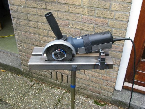 how to use angle grinder to cut slabs
