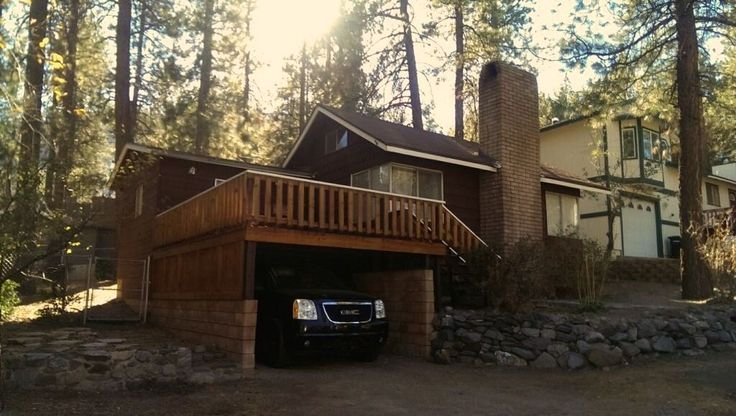 Vrbo Com 3871322ha Cozy Red Cabin Minutes To Mountain High Resort Cabin Cabin Vacation Cabin Rentals