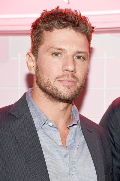 Ryan Phillippe Photos Photos - Actor Ryan Phillippe attends Poppy Jamie, Suki Waterhouse, Leo Seigal and Cade Hudson celebration of the launch of POP & SUKI on November 2, 2016 in Los Angeles, California. - Poppy Jamie, Suki Waterhouse, Leo Segal, and Cade Hudson Celebrate the Launch of POP & SUKI