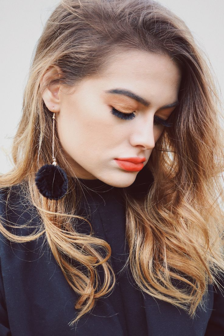•long dangly black pom pom earrings from Aldo accessories•   #earrings #pompom #black #fall #fashion #girl #style #hair #balayage  #redlip  #makeup