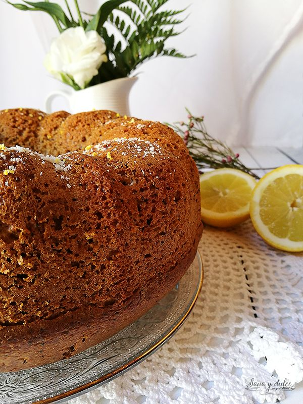 Bundt Cake Integral de Limón y Semillas de Amapola