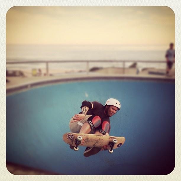 Bondi Air #skate #atbondi #bondi #skateboard #air #bowl #skater #sydney #australia