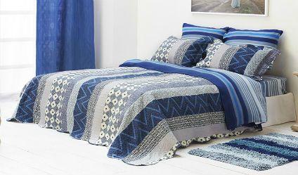 Colcha Estampada Grecia Azul. Visítanos en tuakiti.com #colcha #quilt #decoracion #homedecor #hogar #home #habitacion #bedroom #tuakiti
