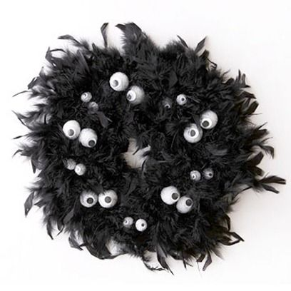 Cute halloween wreath made from black boa and foam balls.  Click for directions.Feathers Boa, Halloween Decor, Eye Feathers, Googly Eye, Feathers Wreaths, Halloween Wreaths, Halloween Ideas, Black Feathers, Crafts