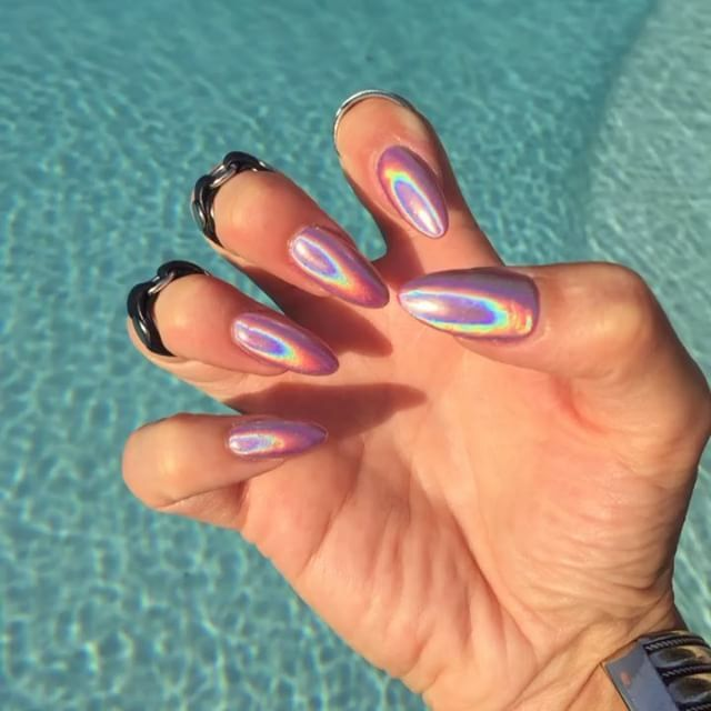 Pin for Later: Holographic Nail Powder Is Making the Beauty Community Lose Its Sh*t