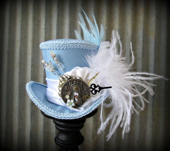 Alice's Mini Top Hat, Mad hatter Hat, Alice in Wonderland Mini Top Hat, Baby Blue Lock and Cog, Tea Party Hat, Mad Tea Party, Steampunk hat