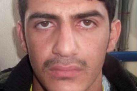 Les enquêteurs avaient annoncé vendredi que ce kamikaze, qui s'est fait exploser rue Jules-Rimet à proximité de la porte H du Stade de France, avait été enregistré le 3 octobre sur l'île grecque de Leros, en même temps qu'un autre kamikaze, dont la photo a déjà été diffusée par la police mais qui reste non identifié. Ce troisième homme, «qui s'est fait exploser» le 13 novembre à 21H30 a été «formellement identifié comme étant un individu dont les empreintes papillaires (NDLR : digitales)…