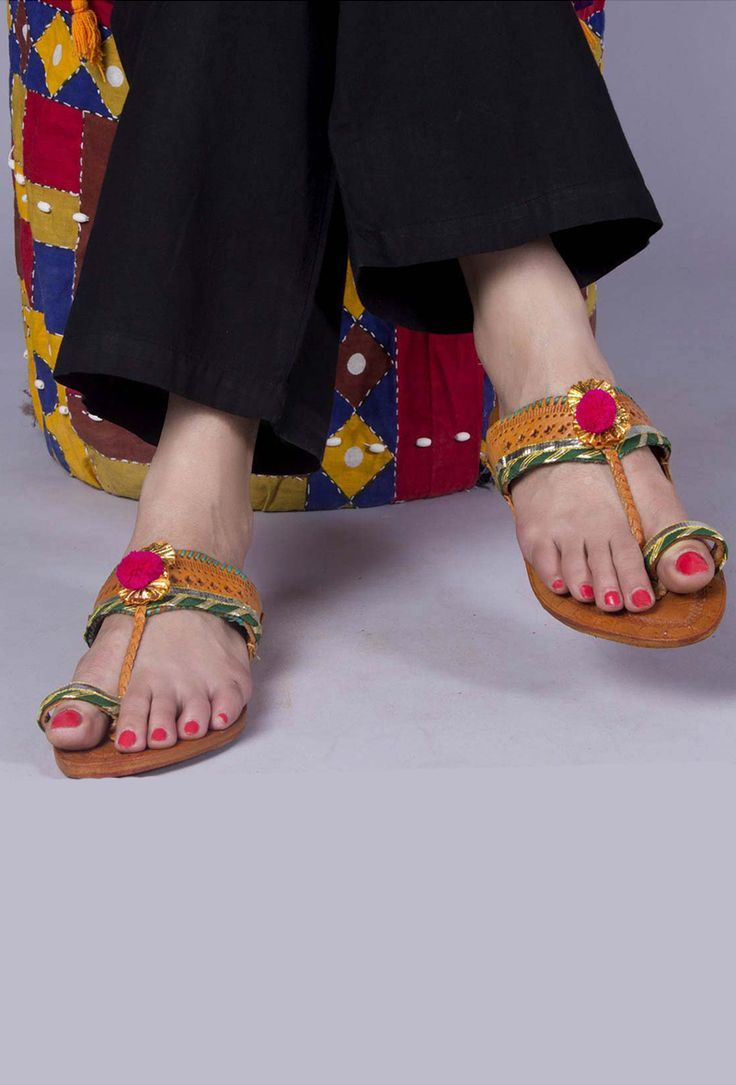 Fashion week Khussa Multani feet wear collection for ladies for girls