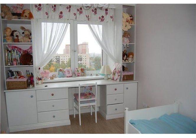 стол для детской комнаты под окном: 26 тыс изображений найдено в Яндекс.Картинках