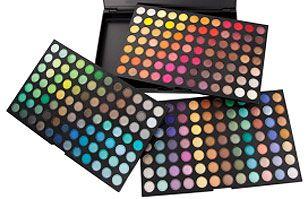 Comprar maquillaje online: Dos alternativas que convienen