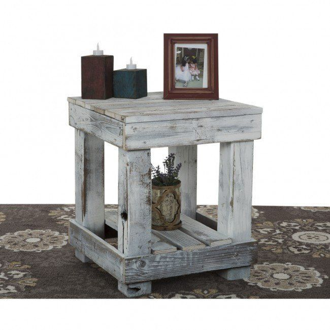 Reclaimed Wood End Table #mueblesrecicladospalets #pallettable
