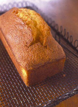 ハニー&レモンパウンドケーキ | 渡辺麻紀さんのレシピ【オレンジページnet】プロに教わる簡単おいしい献立レシピ