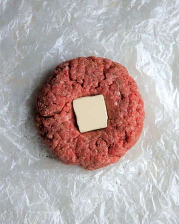 A lot of cooks take pains to obtain top-notch hamburger meat, toppings, condiments, and buns only to relegate the crucial step of making the patties to an afterthought. There's an art to preparing a hamburger patty. Fortunately, it's one that can be reduced to a few straightforward guidelines.