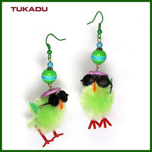 #holiday_earrings #osterküken #fun #swarovski #tukadu #ohrringe #easterchicken #lp #berlin #jewelry #schmuck #perlen #diy