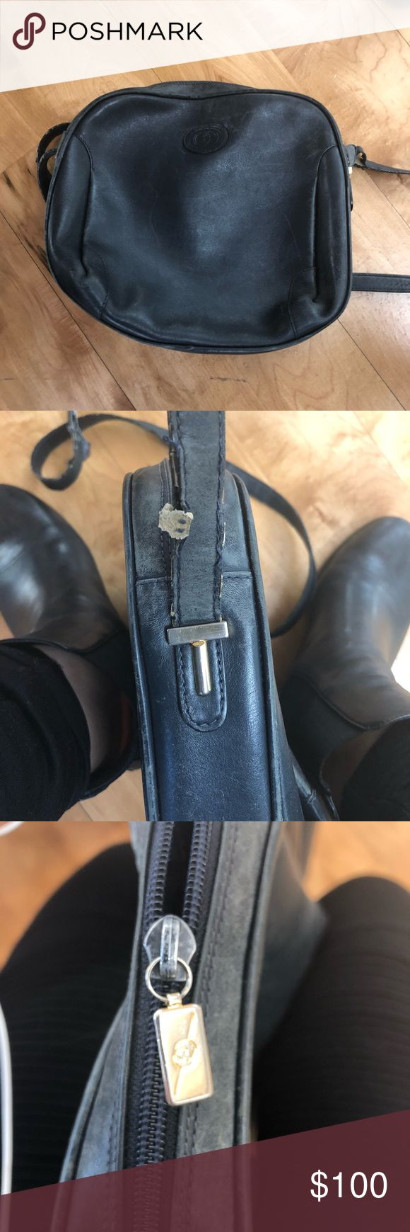 Vintage Gucci navy shoulder bag. Needs new strap Vintage, classic navy blue cross body bag with gold hardware. Ive never seen anything like it!!! And the bag itself is perfectly broken in.   The bag itself is in good condition however the strap needs replacing. Don't buy if you're looking for a ready to wear bag. It needs a bit of love. Gucci Bags Crossbody Bags