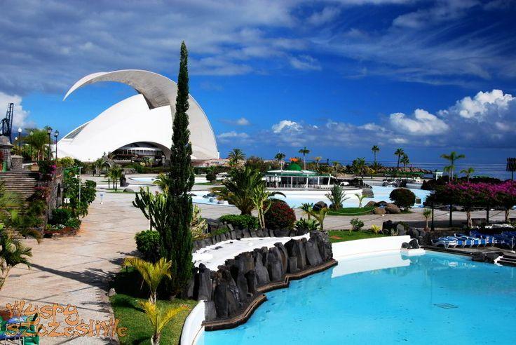 Zaprojektowany przez Cesara Manrique kompleks basenów z oceaniczna wodą Parque Maritimo #Teneryfa