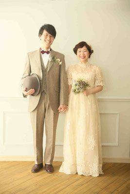 Price - dramatica ~vintage wedding dress styling & rental