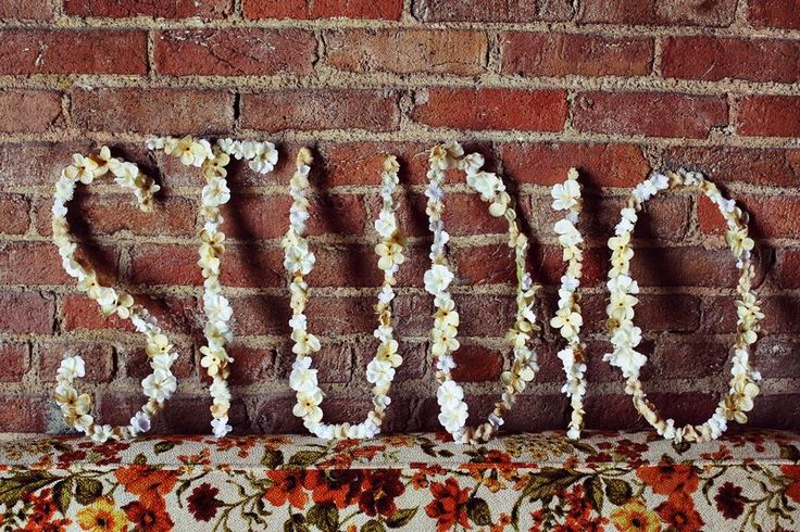 DIY Wire Words (A Beautiful Mess): Modern Interiors Design, Living Rooms Design, Flowers Letters, Decor Tricks, Modern Houses, Design Home, Houses Design, Diy Wire, Diy Projects