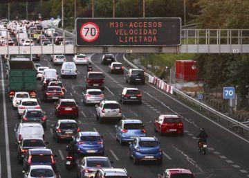 El Ayuntamiento de Madrid levanta las restricciones de aparcamientos en el SER en el Black Friday