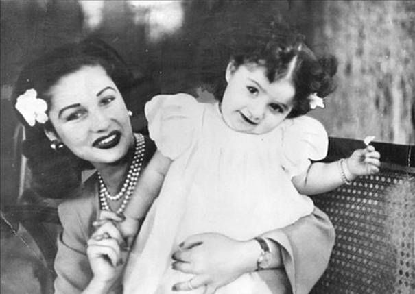 Queen Fuzeye and daughter shahnaz pahlavi - Shahnaz Pahlavi