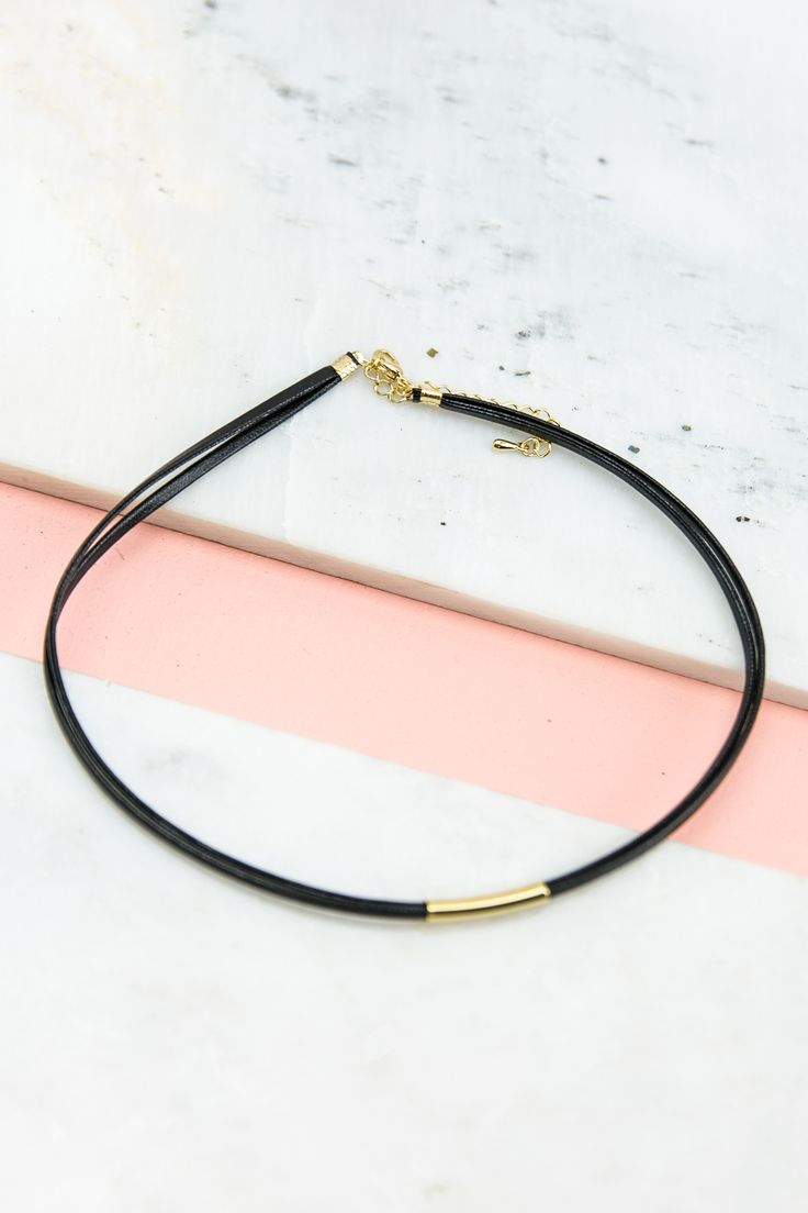 Straight To The Point Choker – Haute & Rebellious