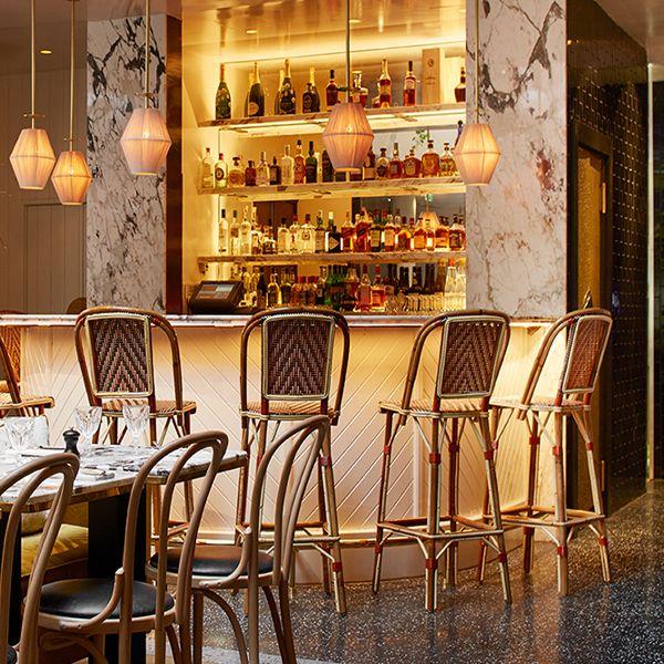 Bar du restaurant l'Alcazar à Paris.