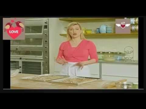 Foccacia de cebolla y romero - Anna Olson - YouTube