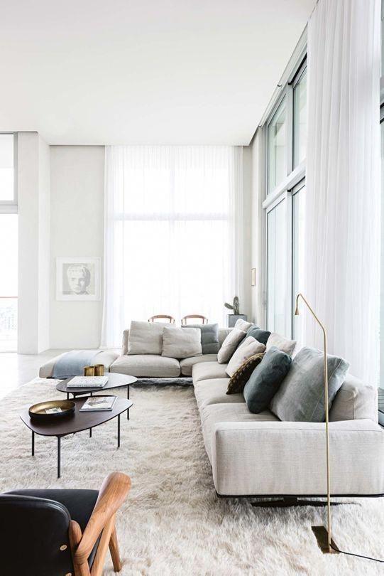 House tour: a beautifully modern penthouse apartme…