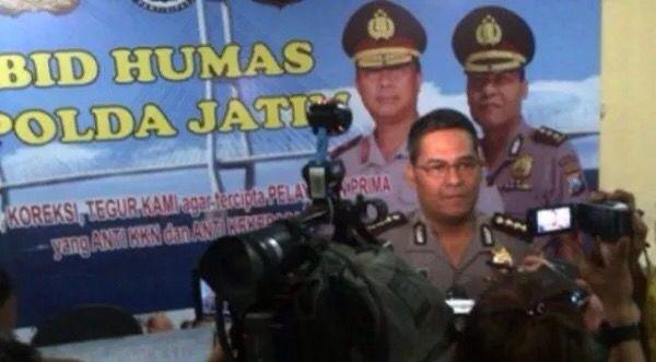 Tribratanews.com – Kematian Salim alias Kancil, warga Dusun Krajan, Kabupaten Lumajang, Jawa Timur yang mengerikan bukan adegan film aksi atau horor. Tragedi ini benar-benar ada, dan meledak pada 26 September 2015, sekitar pukul 08.00 WIB.