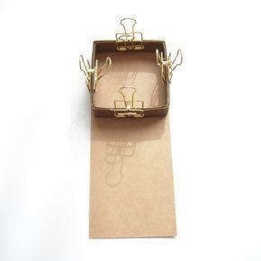 イヤリングやピアスを立体的にラッピングしたいなと思ってケースを作りました!マッチケースのような形とペーパーバンドで作る箱型のラッピングです!...