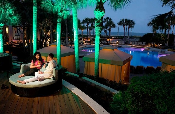 37 best oceanfront resort images on pinterest island for Fish seafood and raw bar hilton head