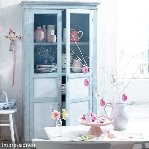 hellblaue vitrine shabby schick und shabby chic. Black Bedroom Furniture Sets. Home Design Ideas