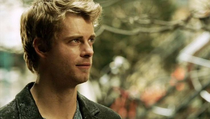 Luke Mitchell as John Young in The Tomorrow People #TTP