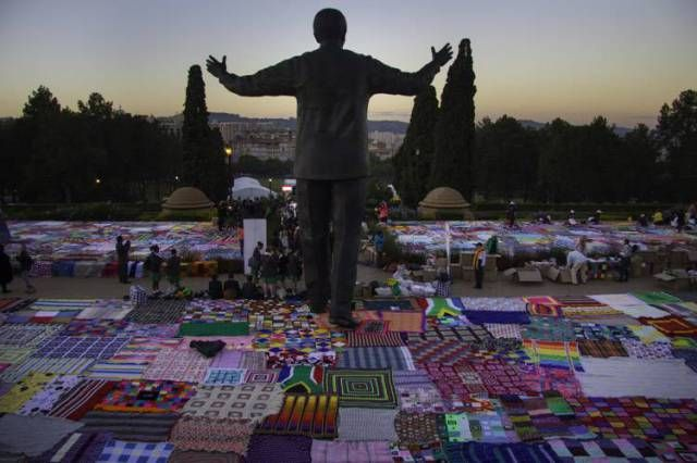 "Two years ago today ,,, Guinness World Record for Largest Crochet Blanket Set By ""67 Blankets for Nelson Mandela"" Group"