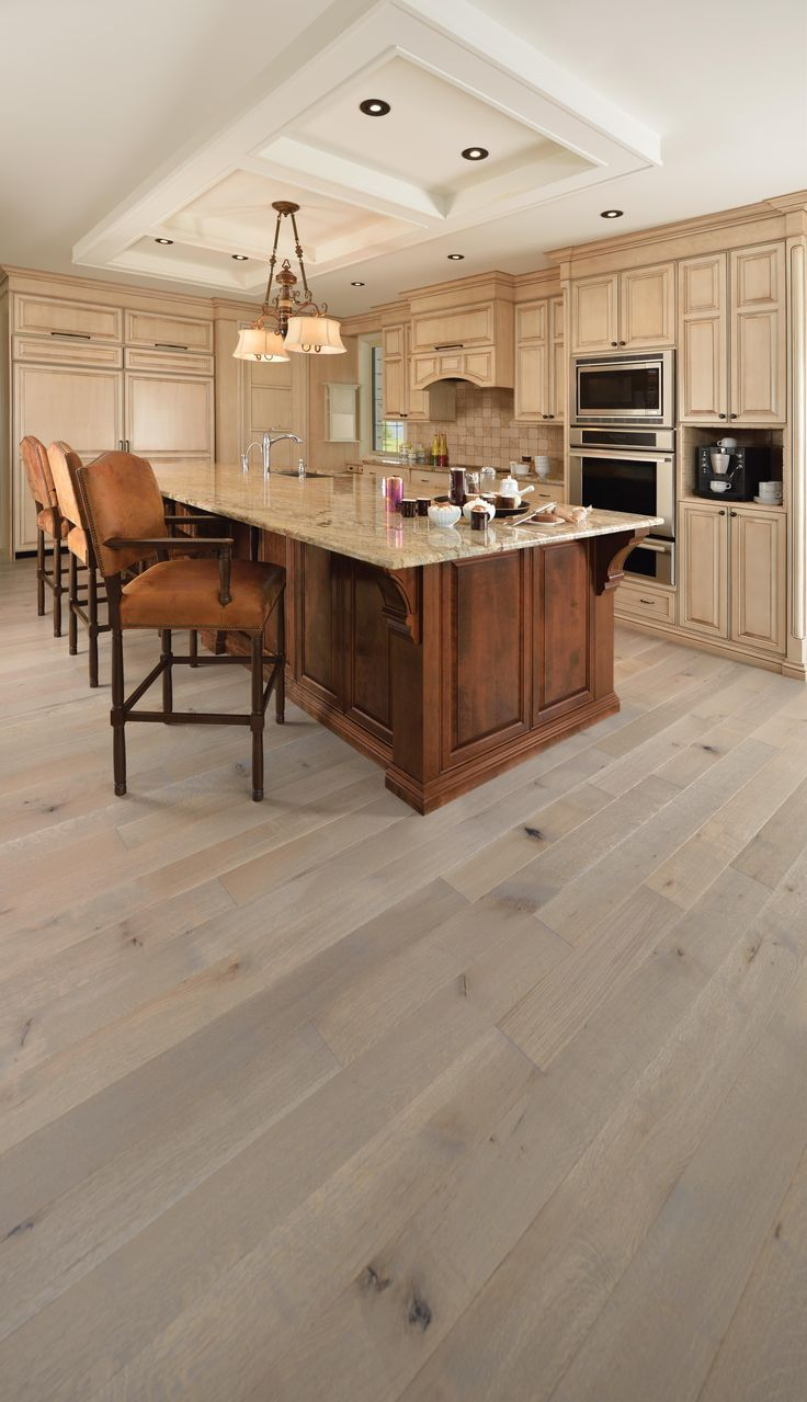 Mirage Floors, the world's finest and best hardwood floors. Handcrafted White Oak R&Q Château #mirage #hardwood #whiteoak #chateau #mirage #handcrafted #hardwood