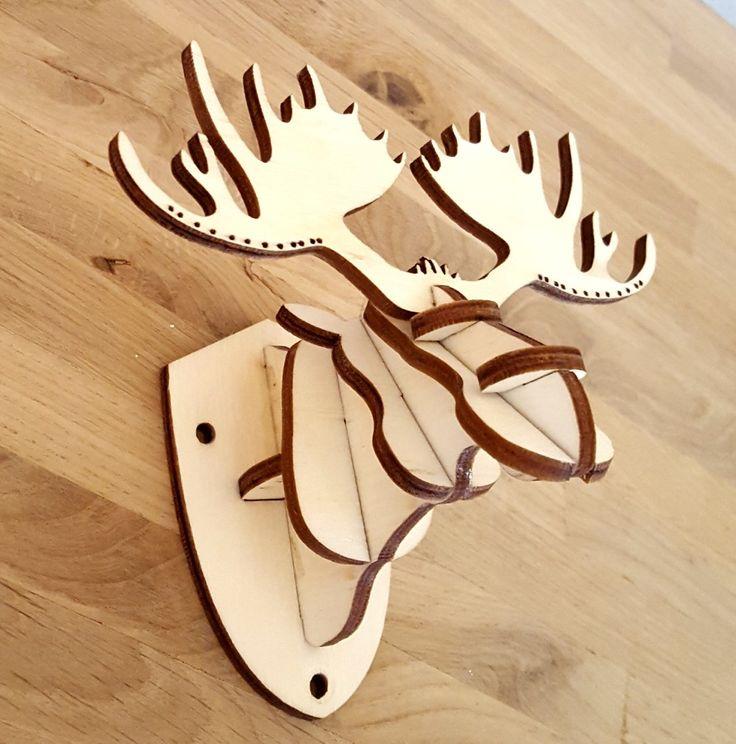 Laser cut deer. Mini version)